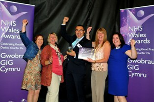 NHS Awards 2012 Citizens winner
